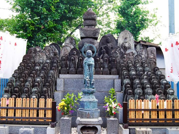 Temples statuesjpg