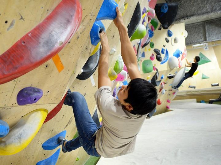 b-pump_climb2